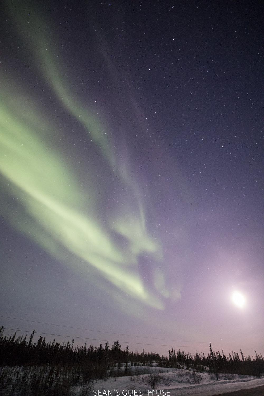 Aurora Chasing Tour - Yellowknife Guide - 3.jpg
