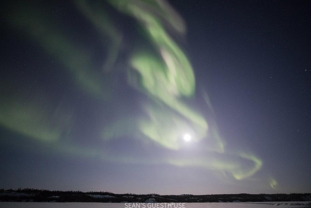 Northern Lights Yellowknife Canada - Aurora Guide - 2.jpg