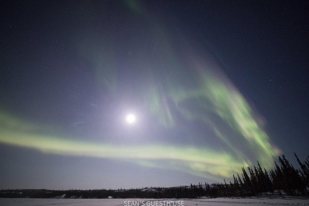 Yellowknife Aurora Light Tour - 3.jpg