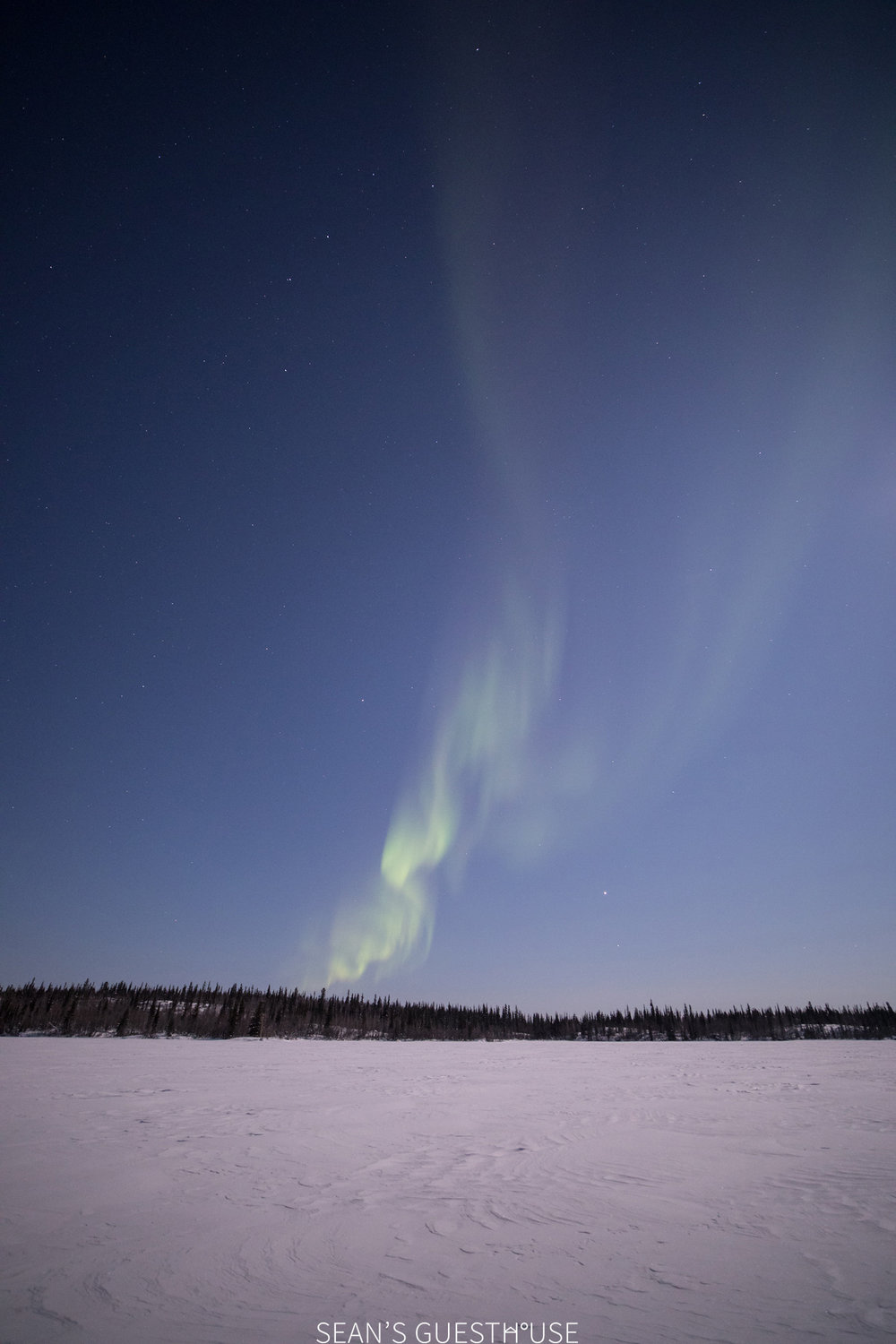 Yellowknife Aurora Tour - Aurora Guide - 1.jpg