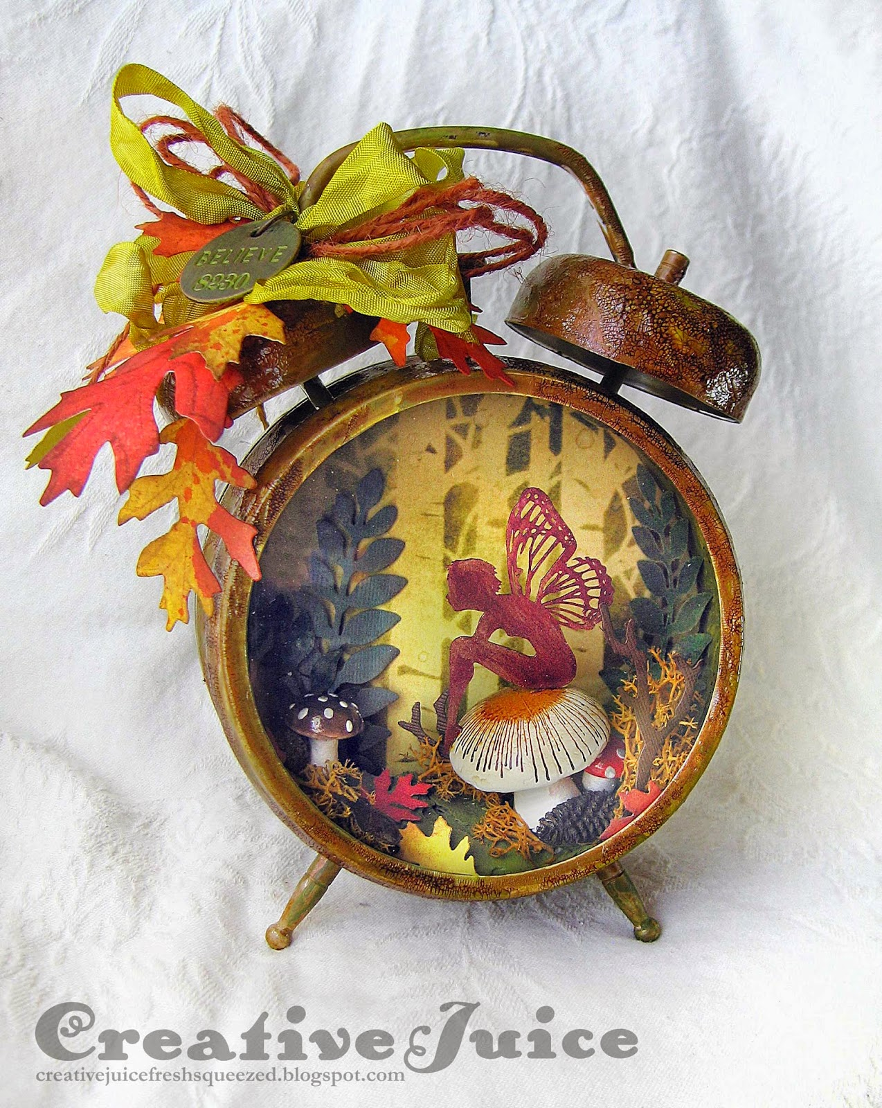 Compendium-of-Curiosities-3_Assemblage-Clock_Autumn-fairy