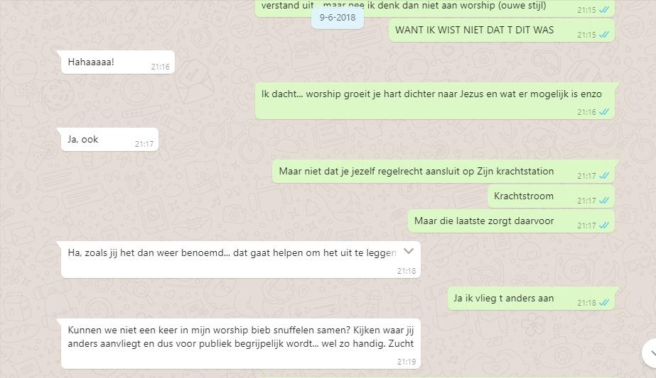 whatsapp 9.jpg