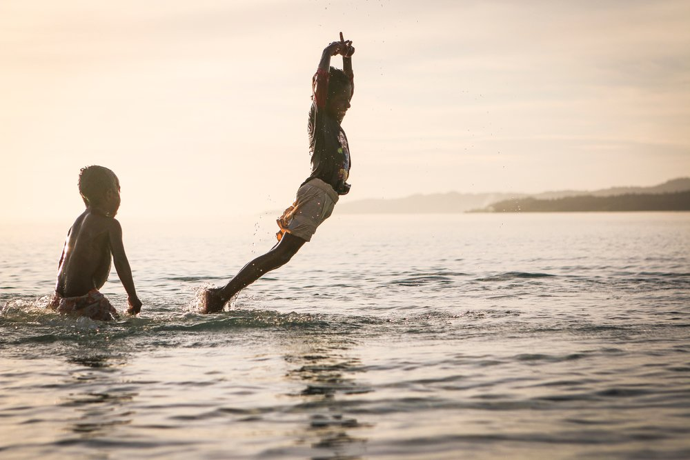 beach-children-fun-106257.jpg