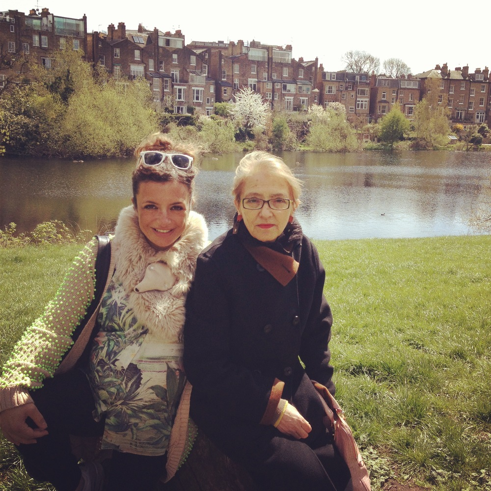 Io & mamma in Hampstead Heath