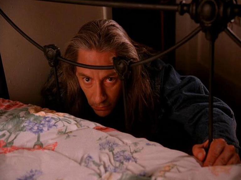 Bob di Twin Peaks dietro al letto