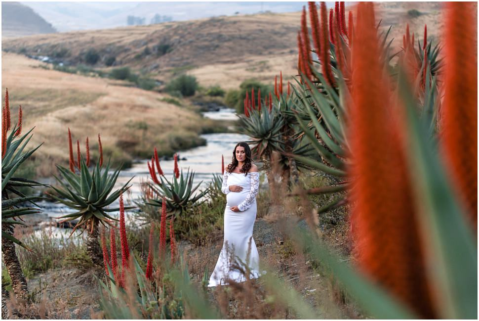 ©Julia_Jane_Roxy_Maternity_Portrait_0017.jpg