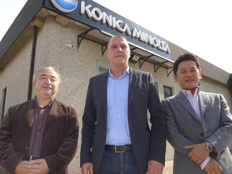Mr Ohno with Enrico Verga (COO) and Seiji Nakashima of Konica Minolta at the Demo Centre, Bregnano, Como