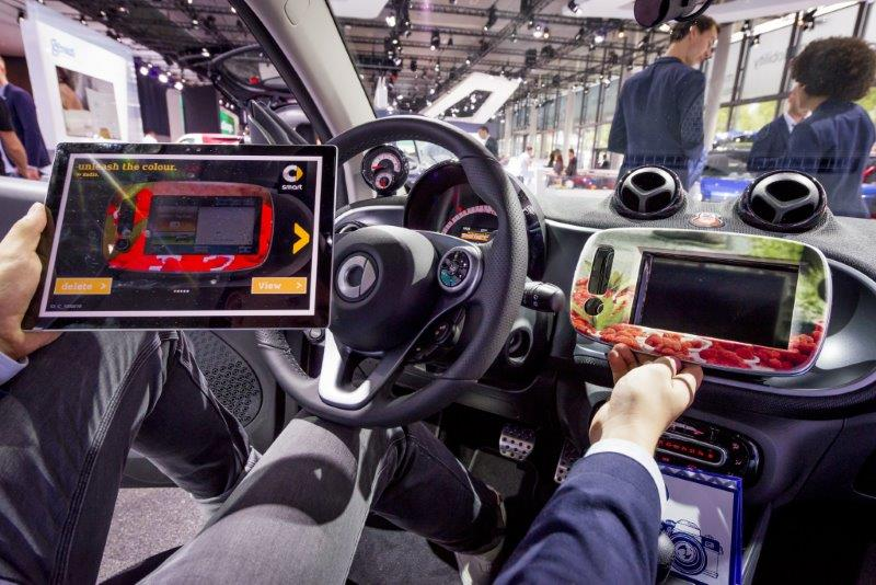 Unleash the colour:  IAA visitors to the Mercedes-Benz stand will be able to individually configure the design of interior trims for a smart…