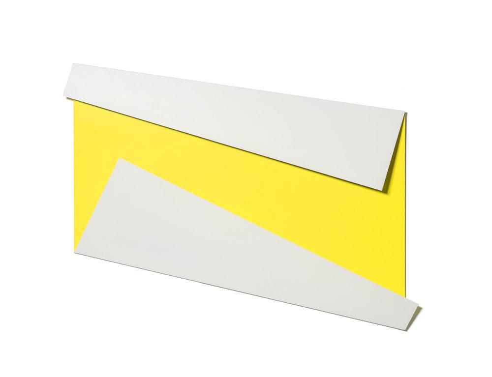 XL Folded Flat White & Yellow 02 S-1145 b 2.jpg
