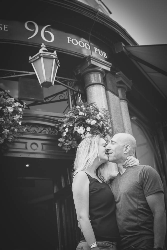 caroline-engagement-notting-hill-london-hampshire-wedding-photographer-16.jpg