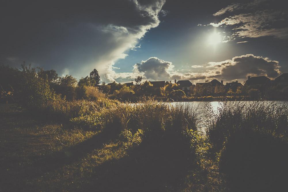 fleet-pond-elvetham-heath-hampshire-wedding-photographer-6.jpg