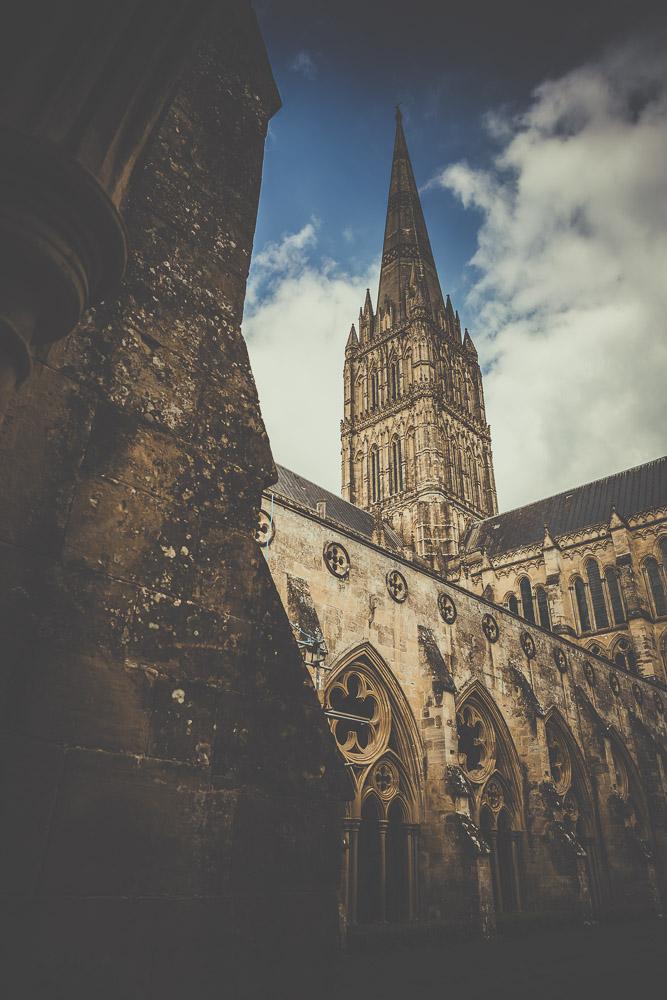 salisbury-cathedral-whiltshire-hampshire-wedding-photographer-2.jpg