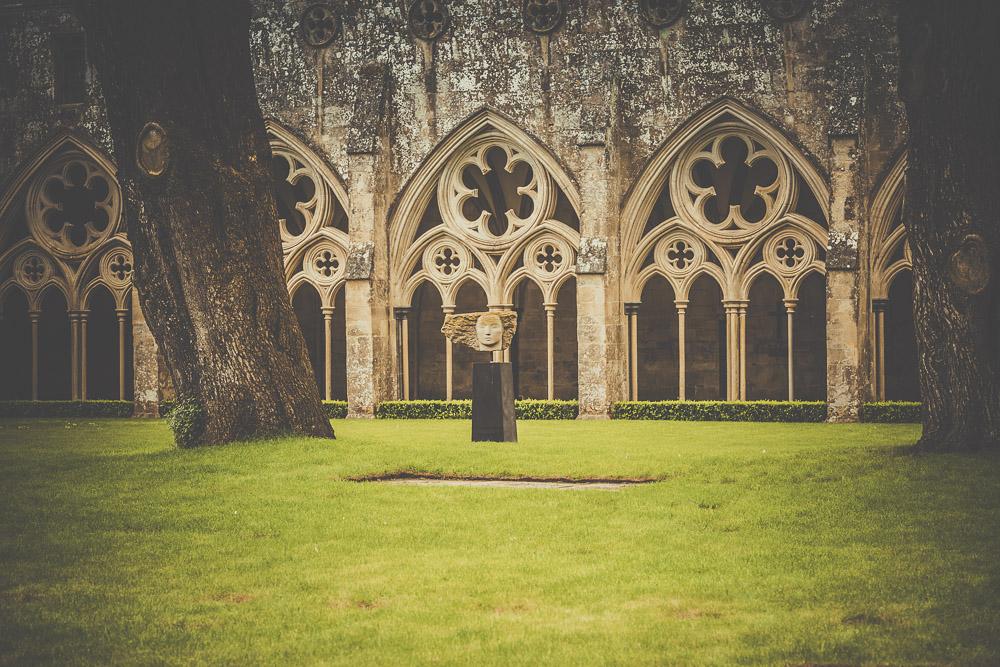 salisbury-cathedral-whiltshire-hampshire-wedding-photographer-8.jpg