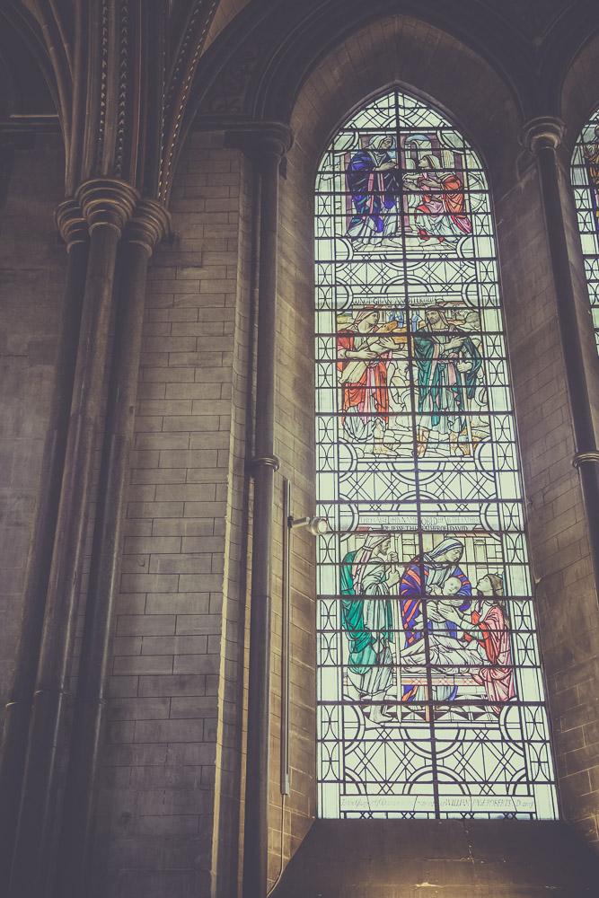 salisbury-cathedral-whiltshire-hampshire-wedding-photographer-10.jpg