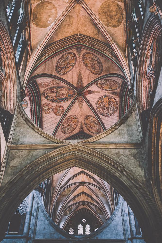 salisbury-cathedral-whiltshire-hampshire-wedding-photographer-13.jpg