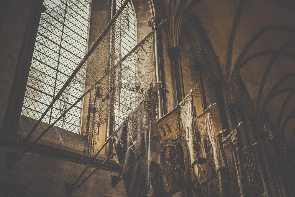 salisbury-cathedral-whiltshire-hampshire-wedding-photographer-16.jpg