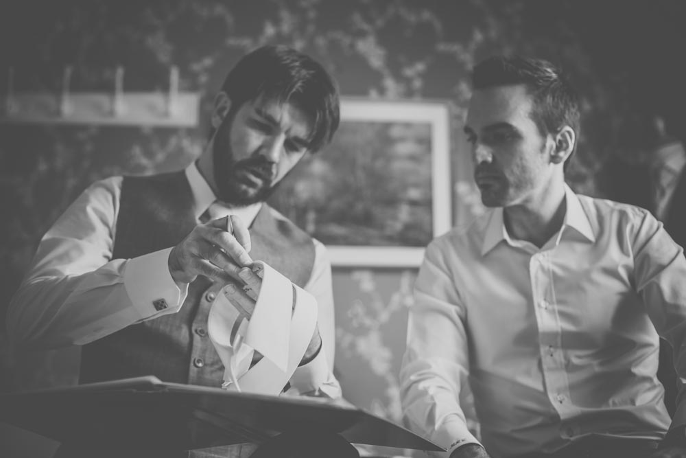 stafford-tailoring-fleet-manu-mendoza-hampshire-wedding-photographer-41.jpg