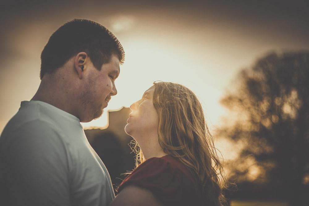 hannah-richard-engagement-session-portchester-castle-hampshire-wedding-photographer-3.jpg