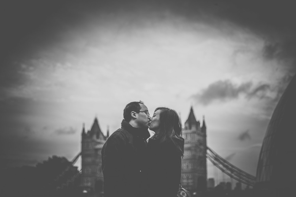 pre-wedding-engagement-session-in-london-portchester-and-notting-hill-hampshire-wedding-photographer-13.jpg