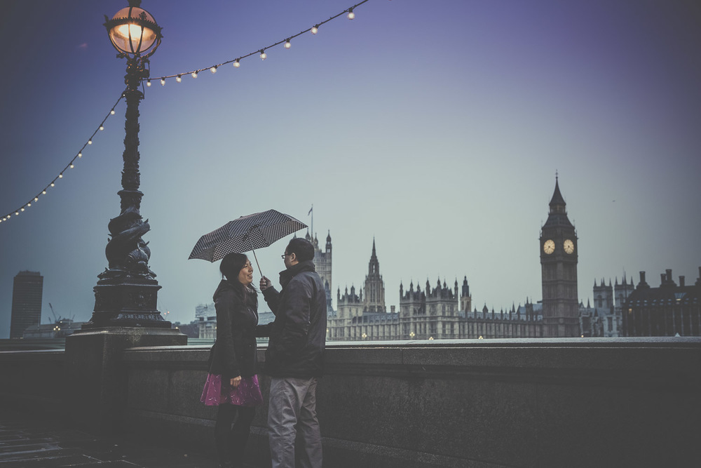 pre-wedding-engagement-session-in-london-portchester-and-notting-hill-hampshire-wedding-photographer-34.jpg