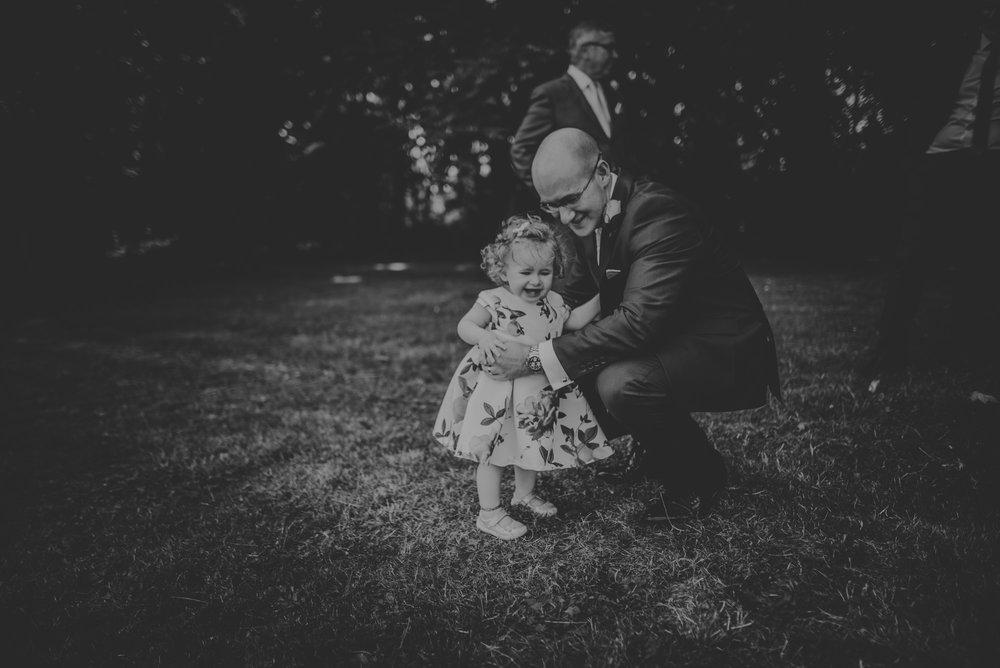 Karina-and-Gareth-wedding-basingstoke-register-office-manu-mendoza-wedding-photography-hampshire-143.jpg