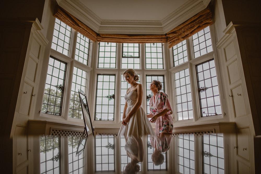 Hannah-and-James-Wedding-Danesfield-Place-Buckinghamshire-Manu-Mendoza-Wedding-Photography-087.jpg