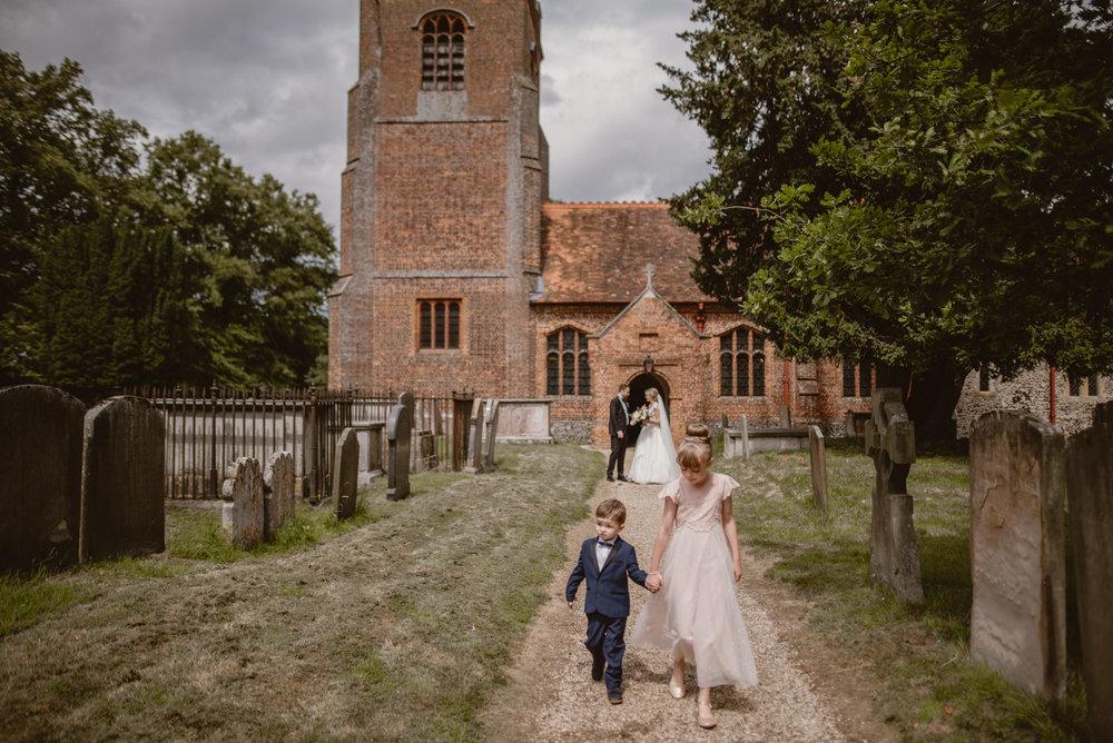 Hannah-and-James-Wedding-Danesfield-Place-Buckinghamshire-Manu-Mendoza-Wedding-Photography-297.jpg