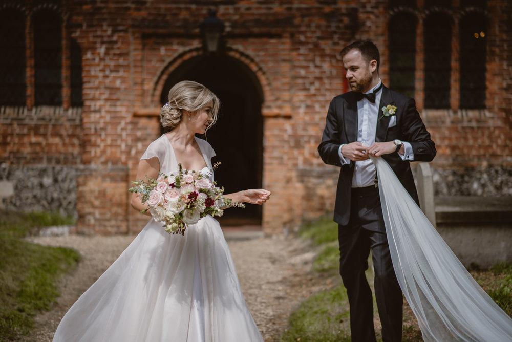 Hannah-and-James-Wedding-Danesfield-Place-Buckinghamshire-Manu-Mendoza-Wedding-Photography-300.jpg