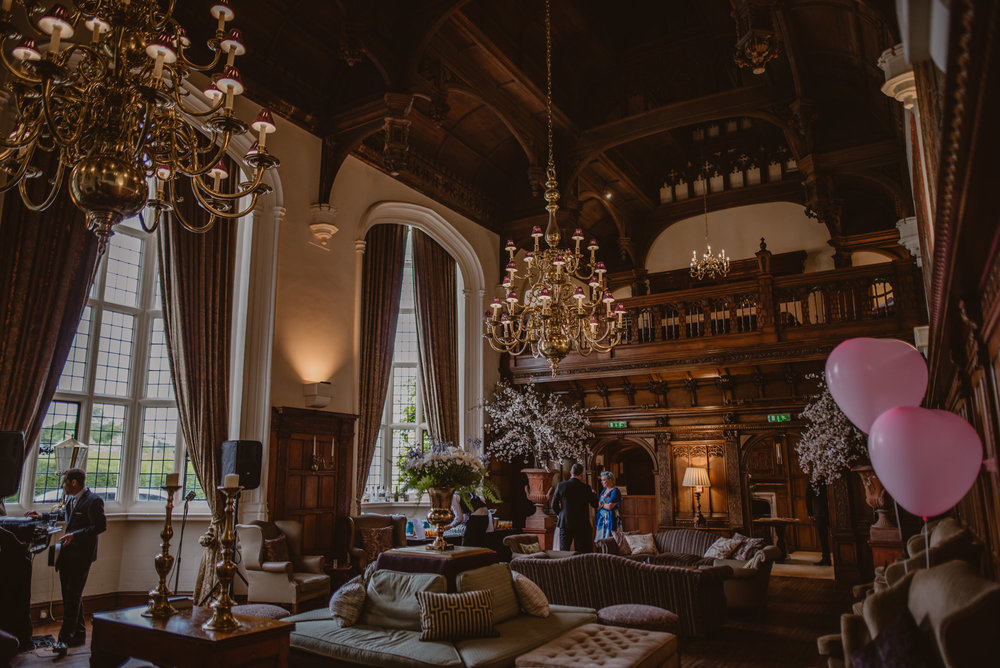 Hannah-and-James-Wedding-Danesfield-Place-Buckinghamshire-Manu-Mendoza-Wedding-Photography-330.jpg