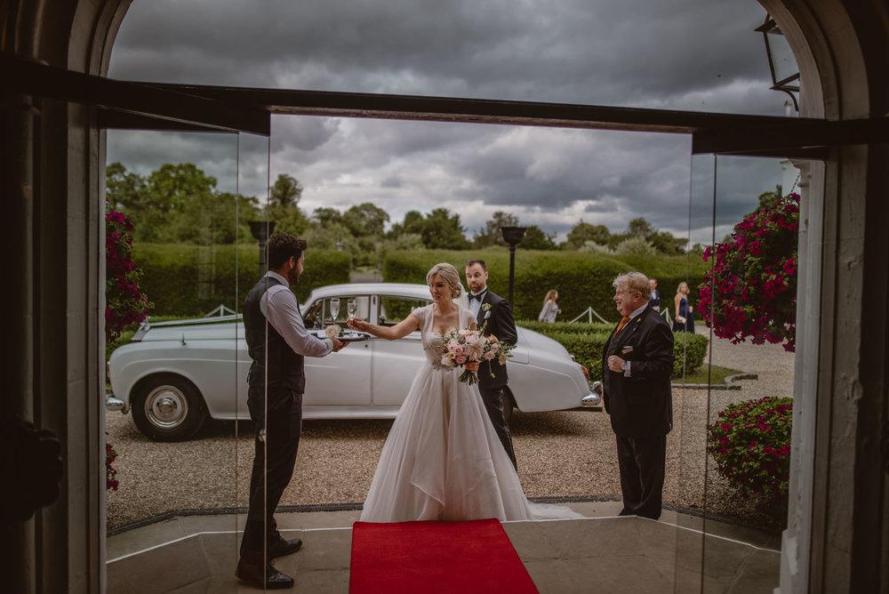 Hannah-and-James-Wedding-Danesfield-Place-Buckinghamshire-Manu-Mendoza-Wedding-Photography-335.jpg