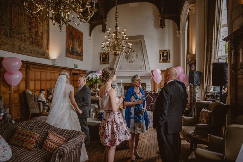 Hannah-and-James-Wedding-Danesfield-Place-Buckinghamshire-Manu-Mendoza-Wedding-Photography-358.jpg