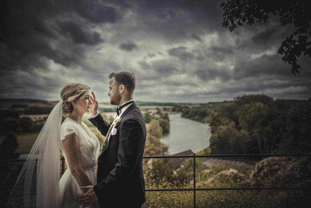 Hannah-and-James-Wedding-Danesfield-Place-Buckinghamshire-Manu-Mendoza-Wedding-Photography-438.jpg