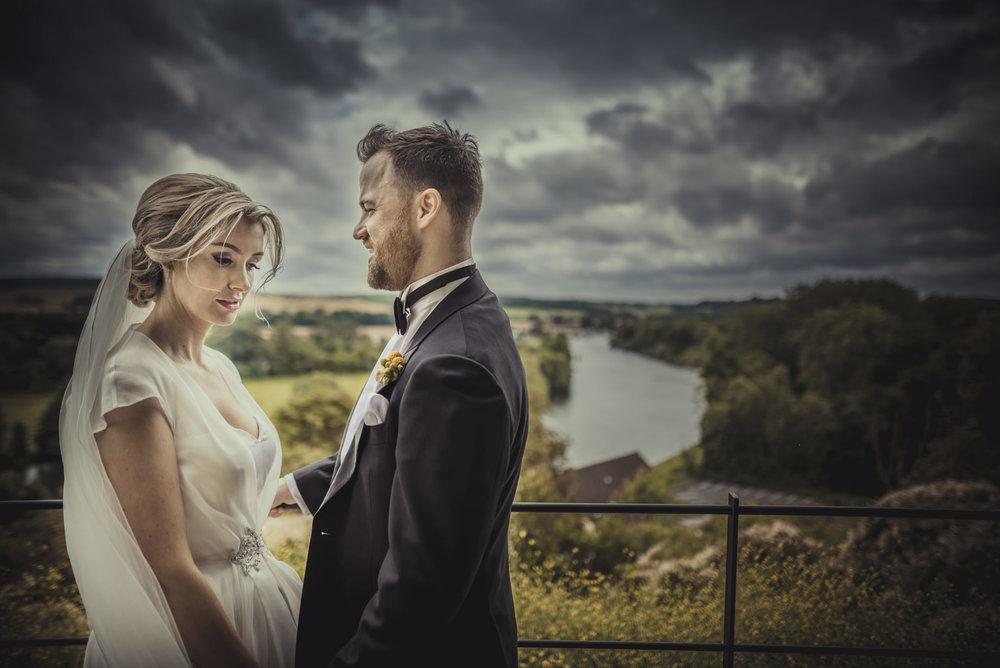 Hannah-and-James-Wedding-Danesfield-Place-Buckinghamshire-Manu-Mendoza-Wedding-Photography-441.jpg
