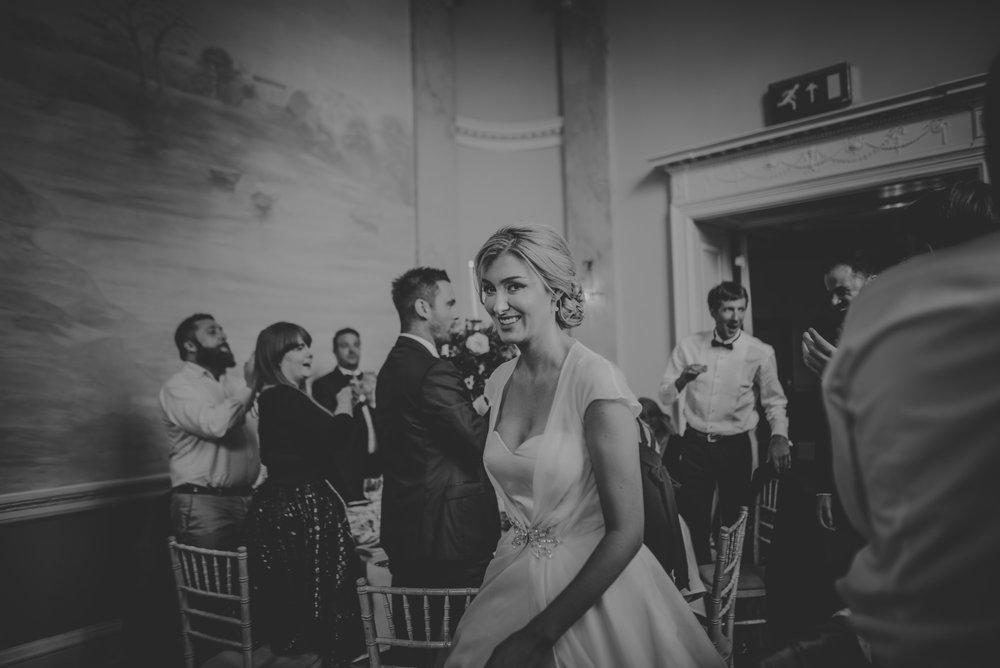 Hannah-and-James-Wedding-Danesfield-Place-Buckinghamshire-Manu-Mendoza-Wedding-Photography-461.jpg