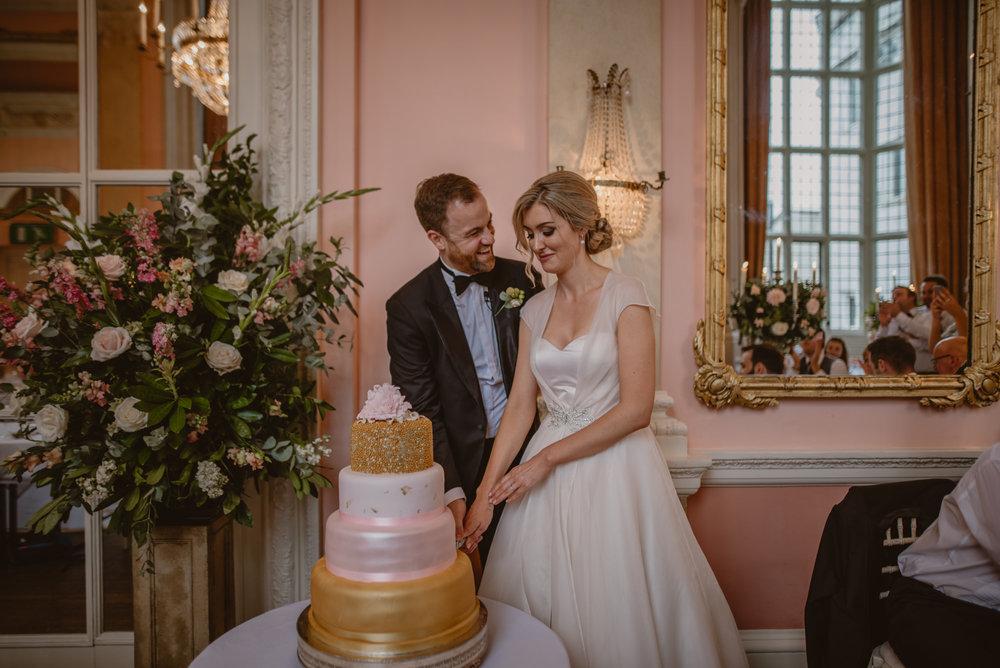 Hannah-and-James-Wedding-Danesfield-Place-Buckinghamshire-Manu-Mendoza-Wedding-Photography-527.jpg