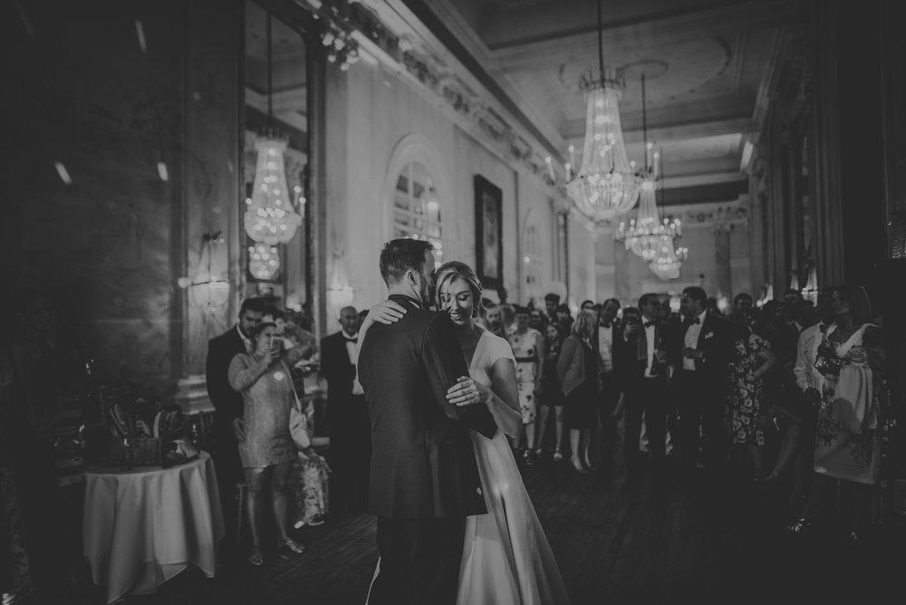 Hannah-and-James-Wedding-Danesfield-Place-Buckinghamshire-Manu-Mendoza-Wedding-Photography-575.jpg