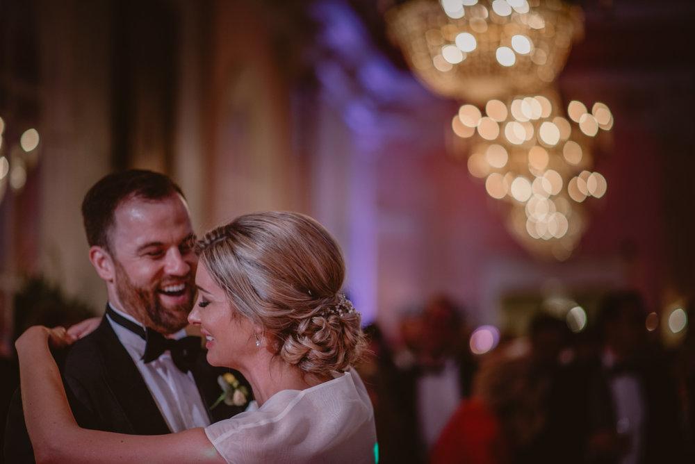 Hannah-and-James-Wedding-Danesfield-Place-Buckinghamshire-Manu-Mendoza-Wedding-Photography-597.jpg