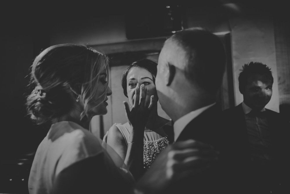Hannah-and-James-Wedding-Danesfield-Place-Buckinghamshire-Manu-Mendoza-Wedding-Photography-600.jpg