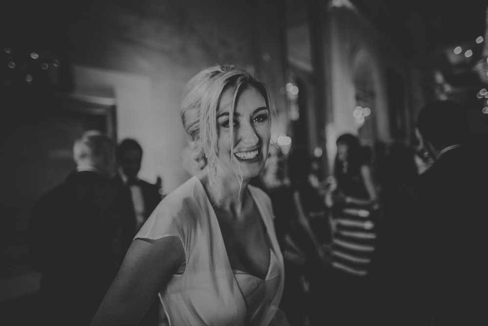 Hannah-and-James-Wedding-Danesfield-Place-Buckinghamshire-Manu-Mendoza-Wedding-Photography-602.jpg