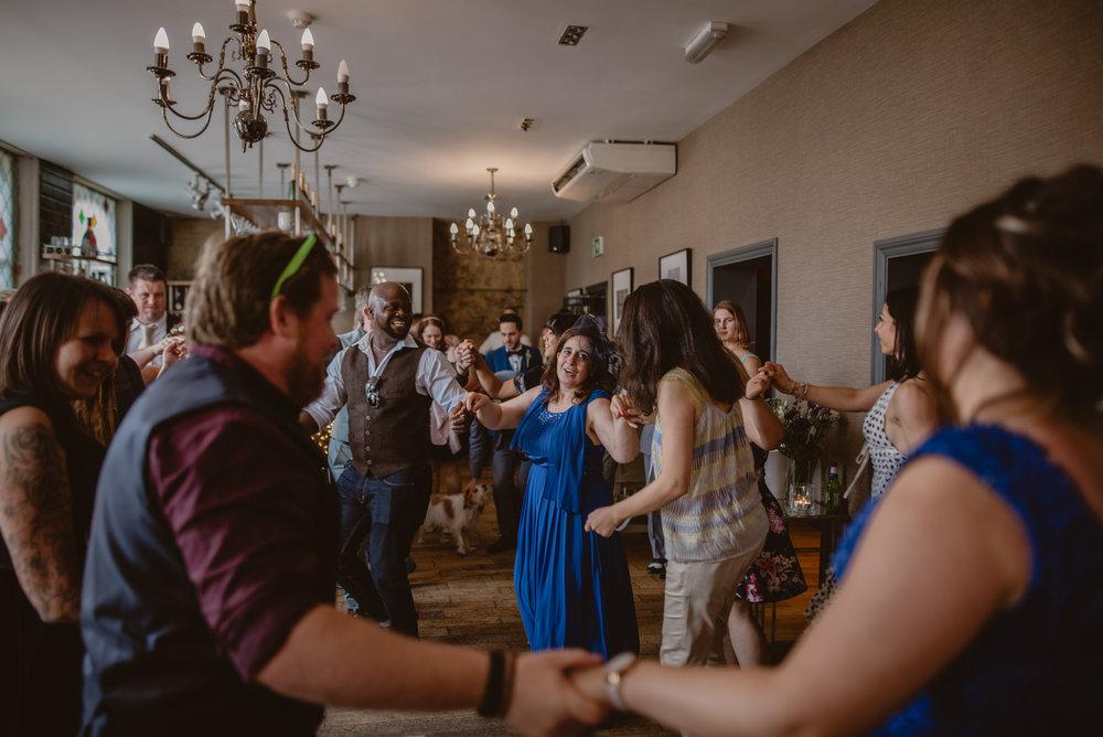 Rhys-and-Alex-Wedding-in-London-Manu-Mendoza-Wedding-Photography-455.jpg
