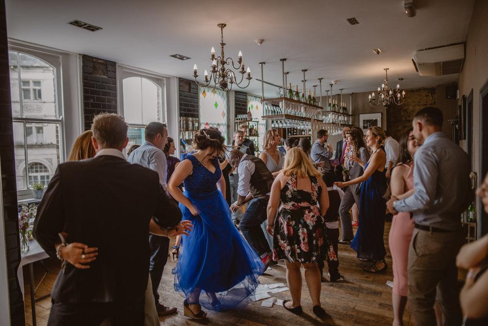 Rhys-and-Alex-Wedding-in-London-Manu-Mendoza-Wedding-Photography-511.jpg
