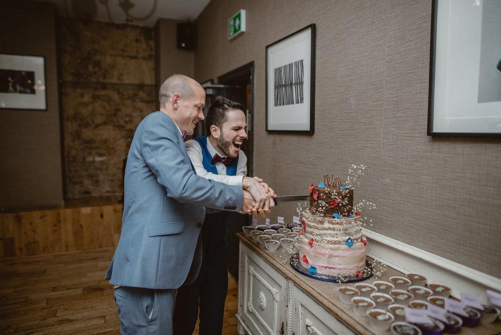 Rhys-and-Alex-Wedding-in-London-Manu-Mendoza-Wedding-Photography-608.jpg
