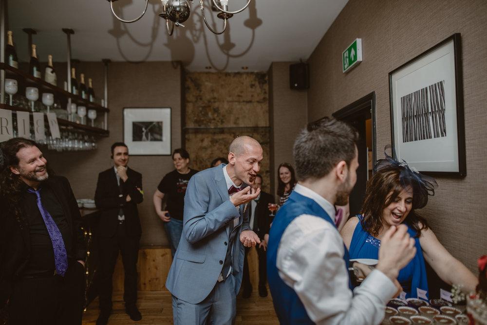 Rhys-and-Alex-Wedding-in-London-Manu-Mendoza-Wedding-Photography-615.jpg
