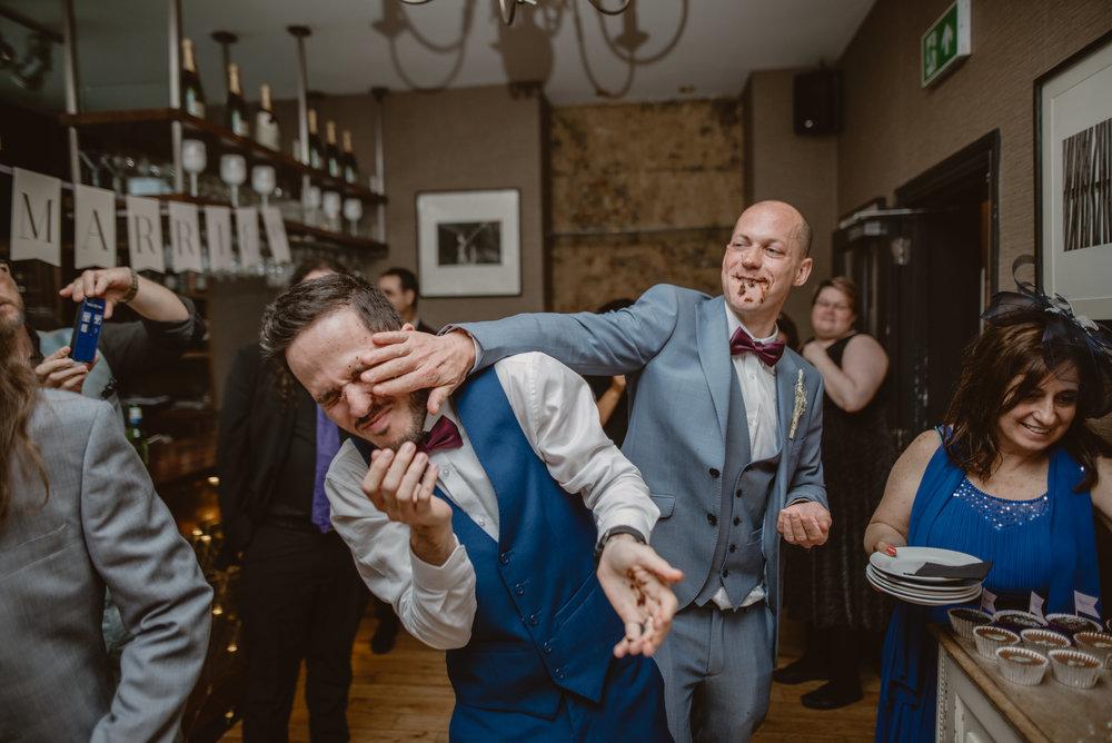 Rhys-and-Alex-Wedding-in-London-Manu-Mendoza-Wedding-Photography-617.jpg