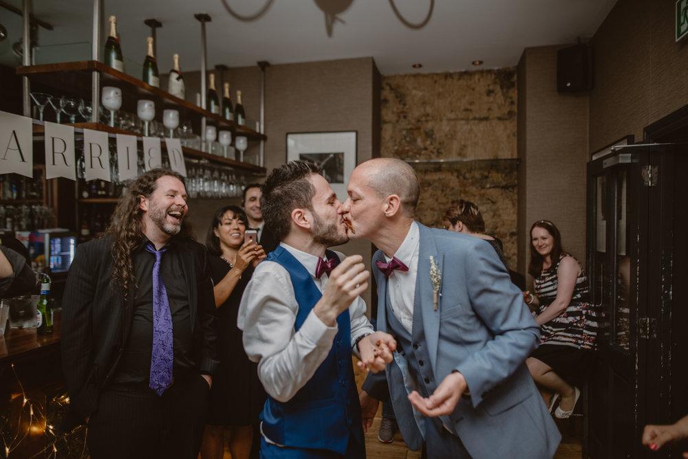 Rhys-and-Alex-Wedding-in-London-Manu-Mendoza-Wedding-Photography-621.jpg
