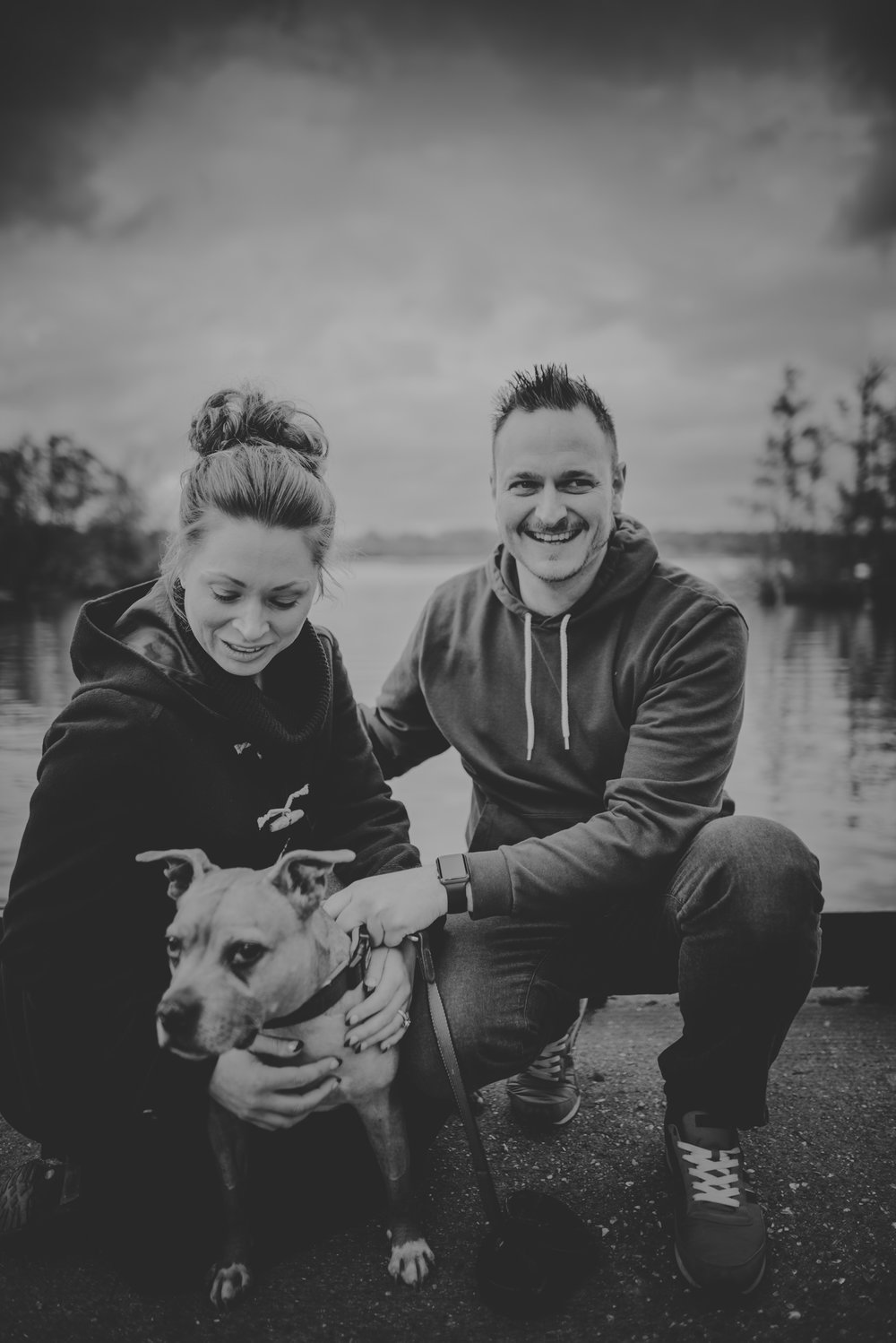 Hannah-and-Sam-Engagement-Sesion-in-Fleet-Pond-Hampshire-Manu-Mendoza-Wedding-Photography-005.jpg