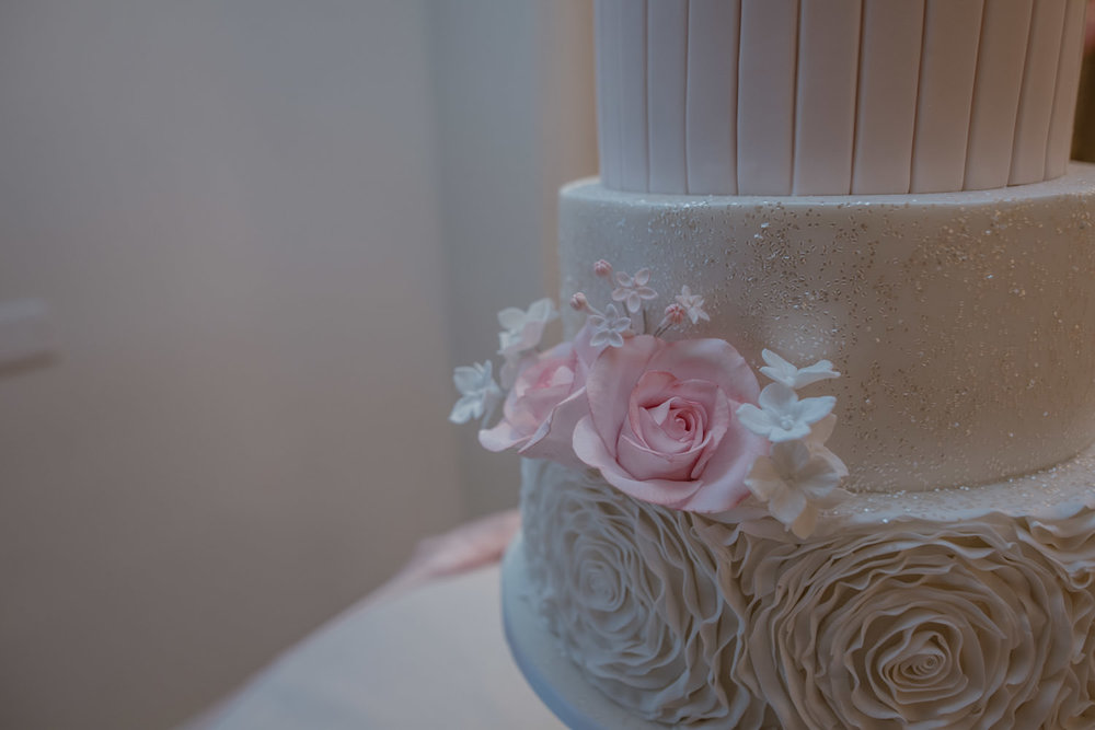 Wedding Cake flowers Forever Cakes