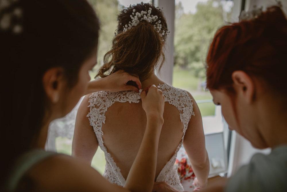 bride wedding dress and bridesmaids
