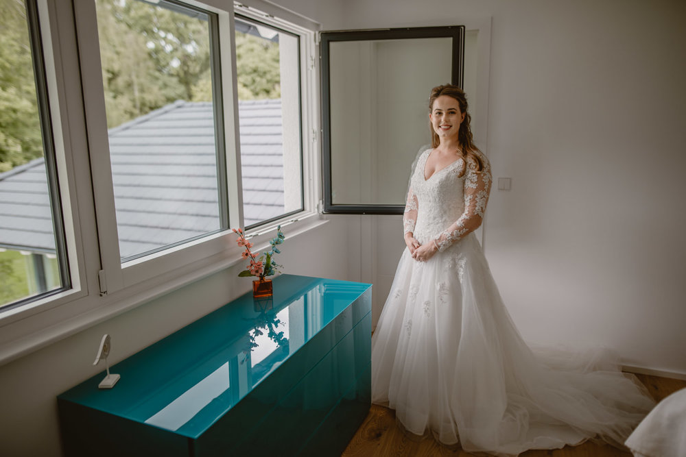 wedding dress lace wed2b