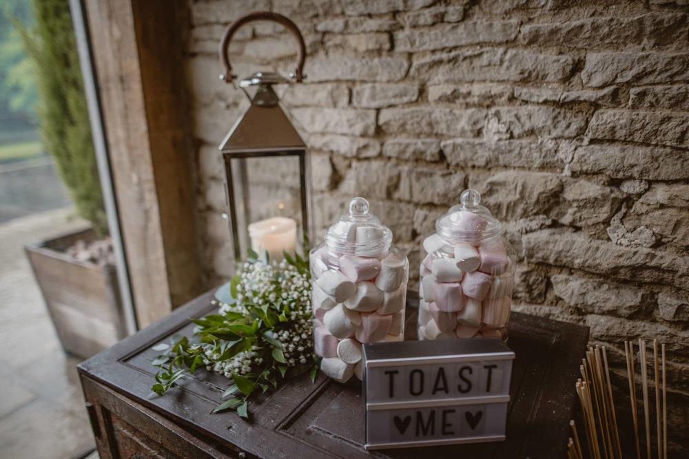 Sweet Station Wedding